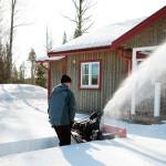 Бензиновый снегоуборщик – эффективный помощник