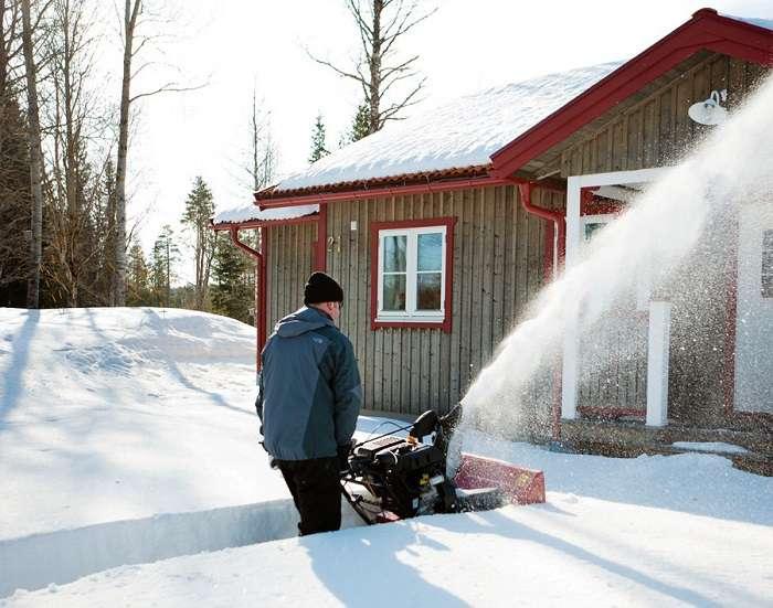 снегоуборочная машина бензиновая