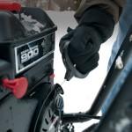 Советы по ручному запуску бензиновых снегоуборщиков