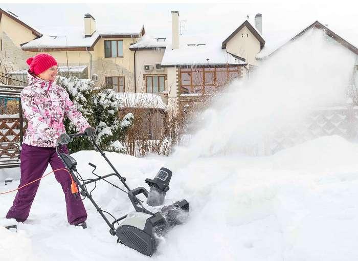 электрическая снегоуборочная машина